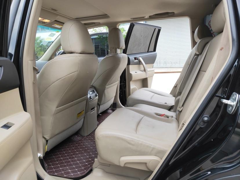 丰田 汉兰达  2013款 2.7L 两驱7座紫金版图片