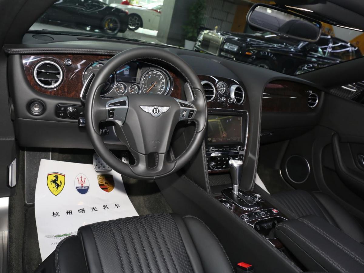 宾利 欧陆  2017款 4.0T GT V8 敞篷版图片