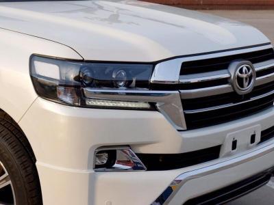 2017款 丰田兰德酷路泽 5.7 V8 中东版 顶配