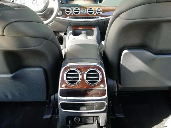 奔驰 S级  S400L 3.0T 尊贵型图片