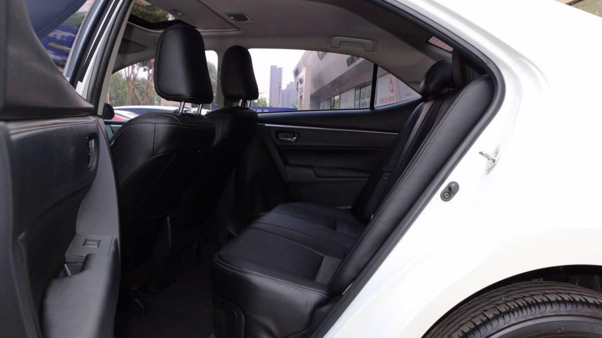 丰田 雷凌  2016款 双擎 1.8H GS CVT精英天窗版图片