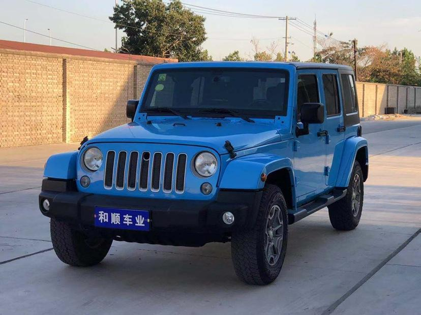 Jeep 牧马人  2017款 3.0L Sahara 四门舒享版图片