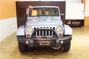 Jeep 牧马人  3.6 两门极地版 Sahara