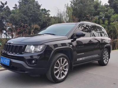 Jeep 指南者  2013款 2.4L 四驱炫黑导航版图片