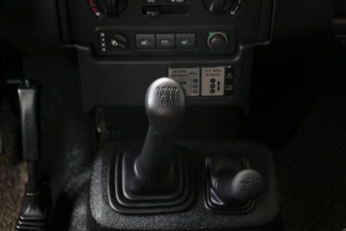 路虎 卫士  2010款 冰・火限量版图片