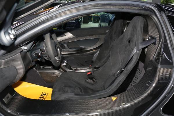 迈凯伦 P1  3.8T 标准型 硬顶 双涡轮增压图片