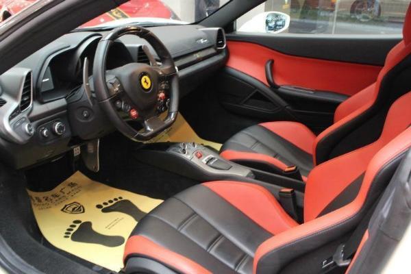 法拉利 458  Italia 4.5 标准型图片
