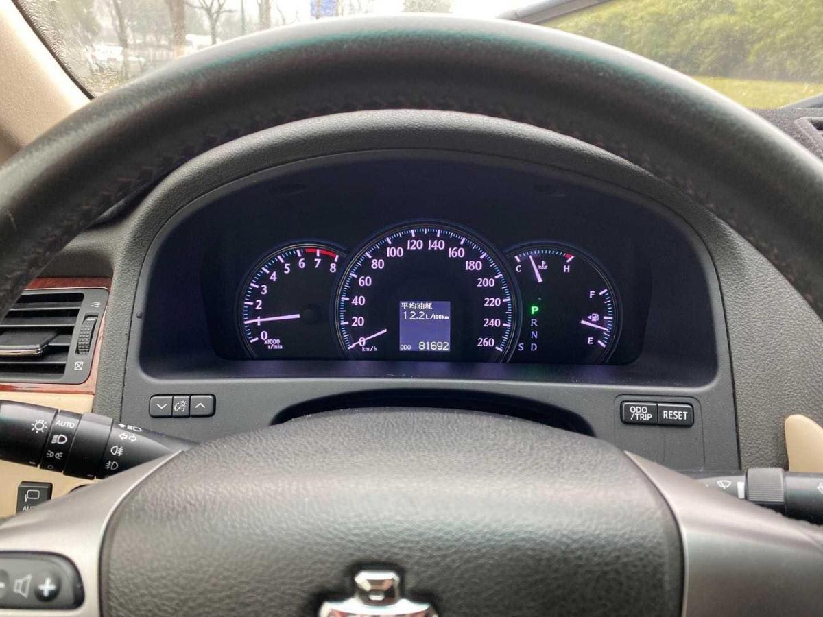 丰田 皇冠  2012款 2.5L Royal 导航版图片