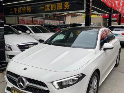 2019年10月 奔驰 奔驰A级 A 200 L 运动轿车图片