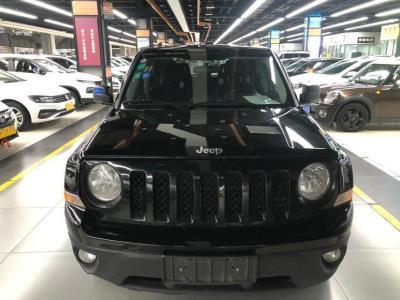 2014年6月 Jeep 自由客(进口) 2.4L 运动版图片