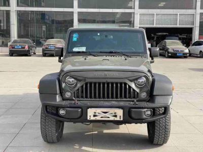 2015年6月 Jeep 牧马人(进口) 3.0L Sahara 四门舒享版图片