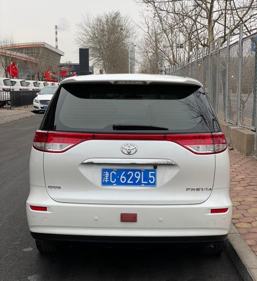 丰田 普瑞维亚  2018款 2.4L 双天窗 7座(中东)图片