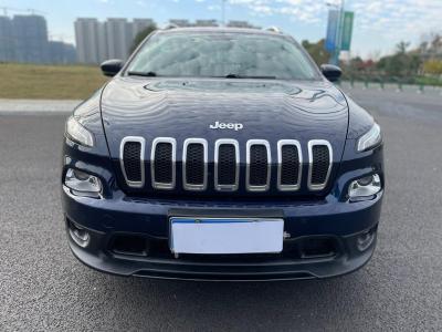 2017年5月 Jeep 自由光 2.0L 优越版图片