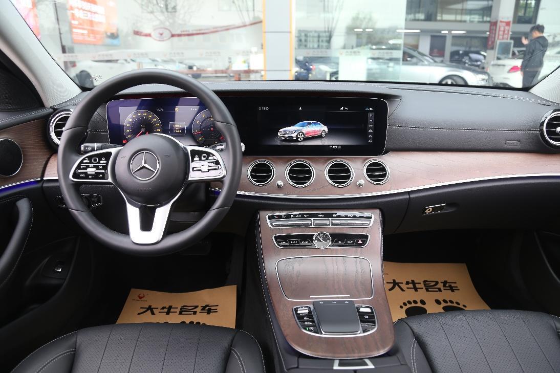 奔驰 奔驰E级  2020款 E 300 L 时尚型图片