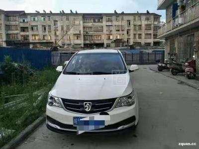 宝骏 730  2019款  1.5L 手动超值型 7座 国VI
