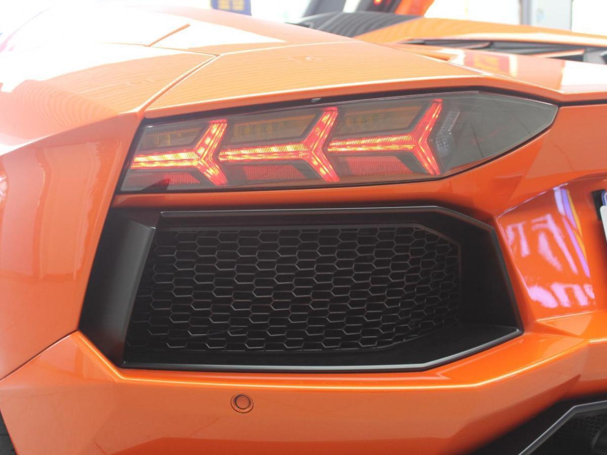 兰博基尼 Aventador  2013款 LP700-4 Roadster 6.5图片
