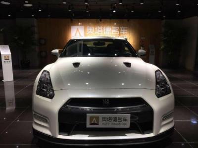 日产 GT-R  3.8T Premium Edition 黑色内饰