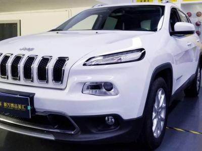 2017年6月 Jeep 自由光 2.4L 领先版
