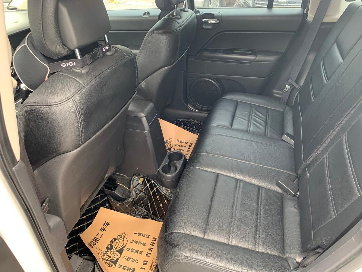 Jeep 指南者  2014款 2.0L 两驱都市版图片