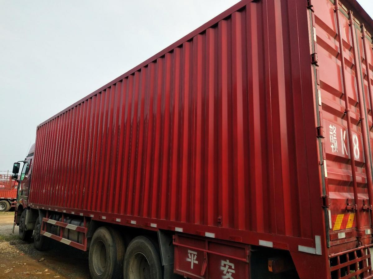 解放前四后八厢式货车,国五排放图片