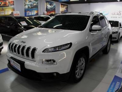 Jeep 自由光  2.4 领先版
