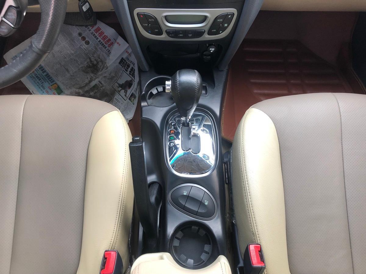 华泰 圣达菲经典  2012款 2.7L 汽油自动四驱旗舰型图片