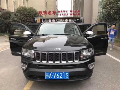 2013年6月 Jeep 指南者(进口) 2.4L 四驱炫黑导航版图片