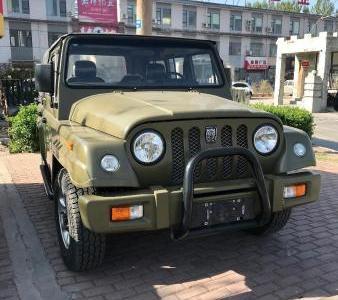 北汽战旗角斗士212 图片