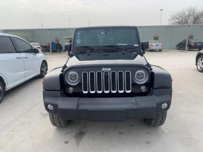 2017年2月 Jeep 牧马人(进口) 3.0L Sahara 四门舒享版图片