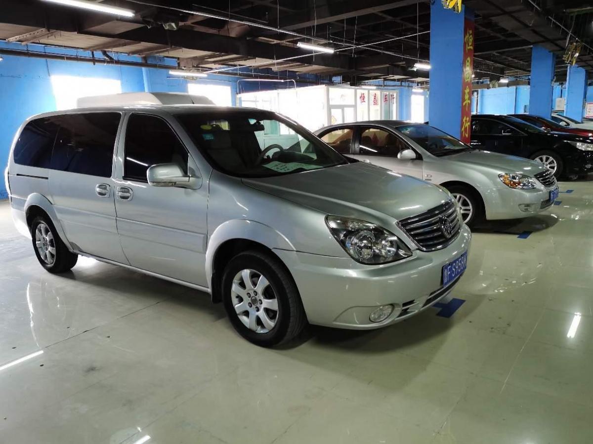别克 GL8  2006款 陆尊 3.0L GT 精英版图片
