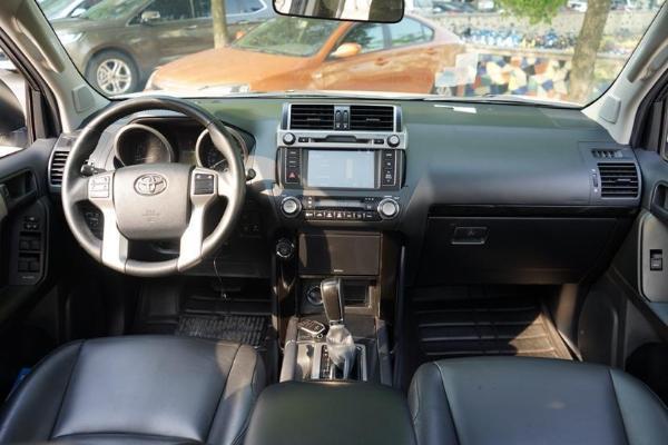 丰田 普拉多  2.7L 自动档 标准版图片