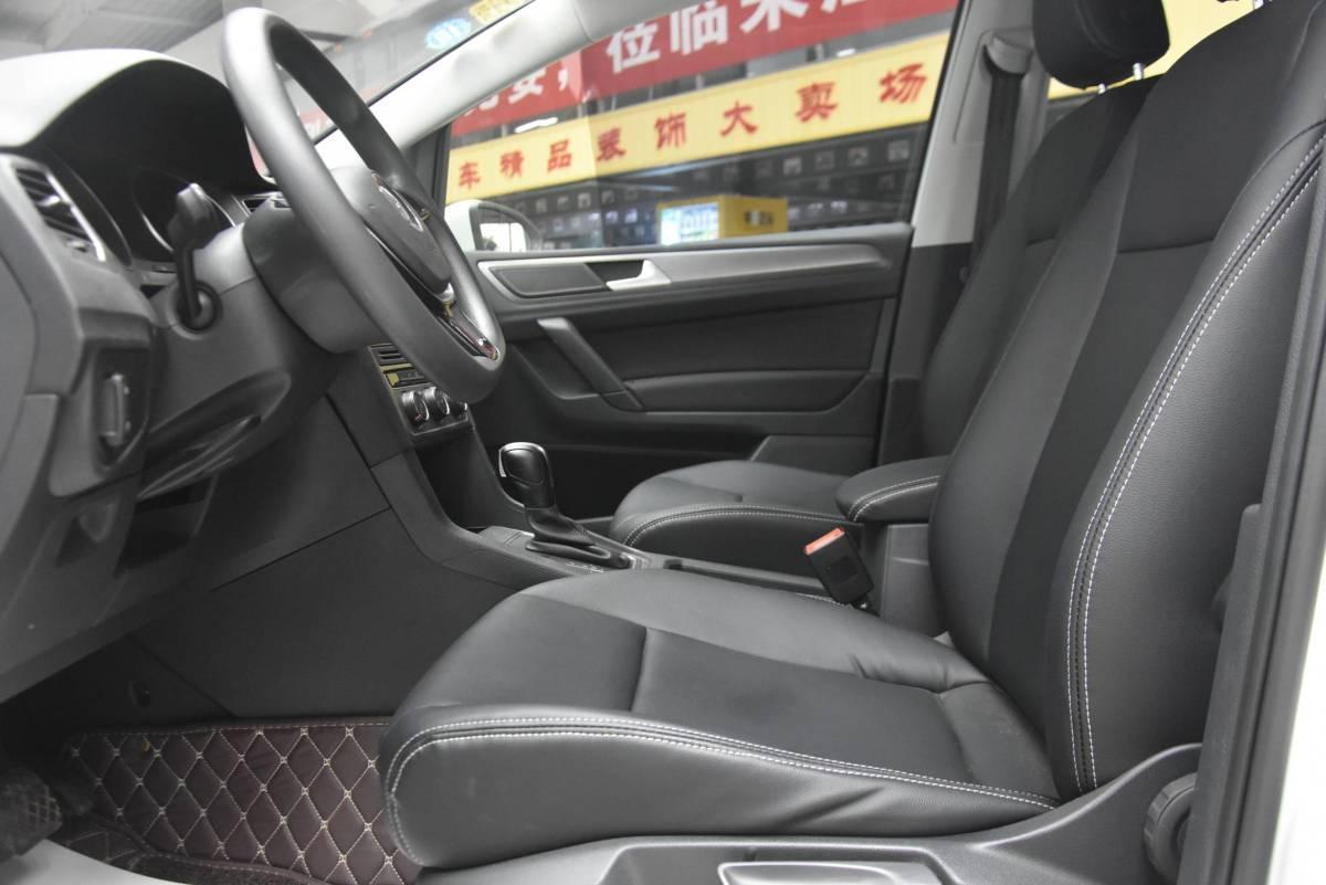 大众 高尔夫・嘉旅  2018款 1.6L 自动舒适型图片
