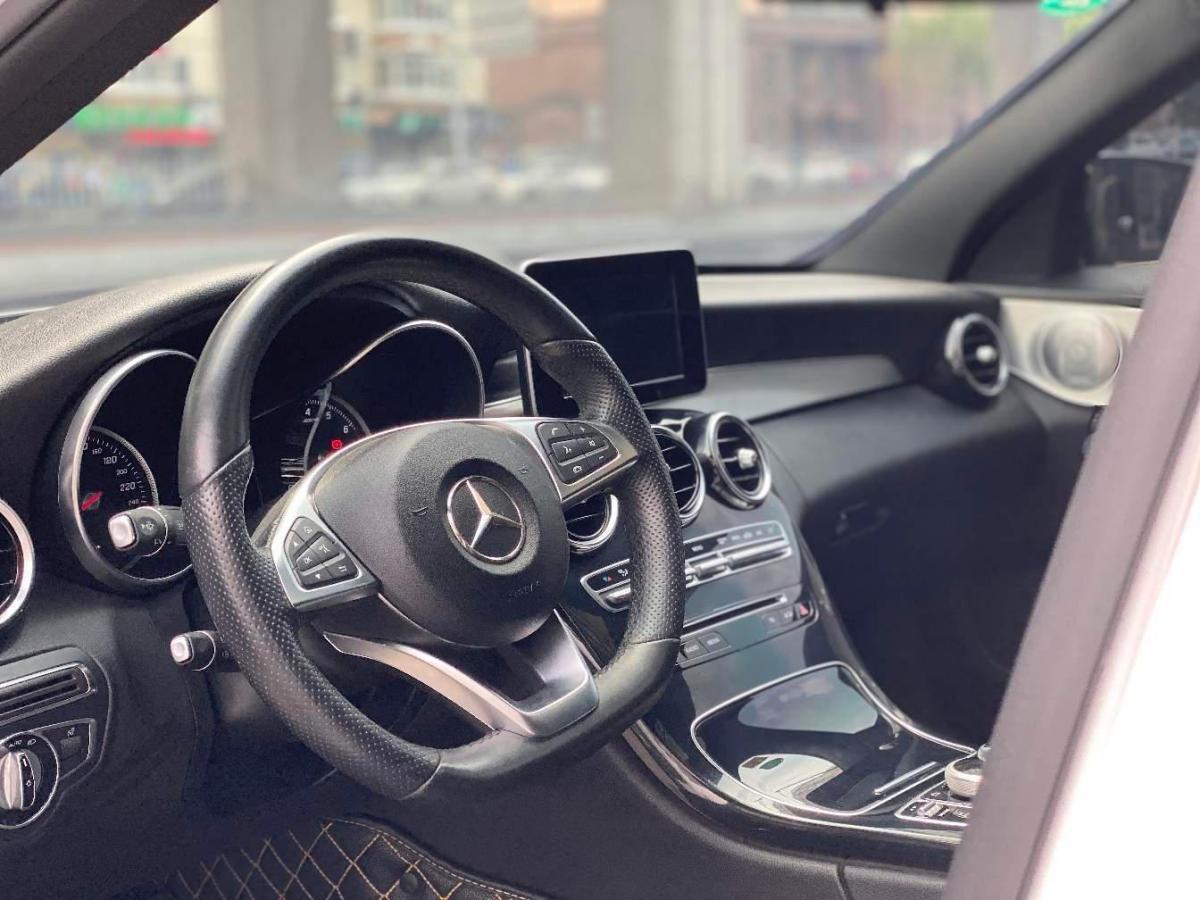 奔驰 奔驰C级  2016款 C 200 运动版图片