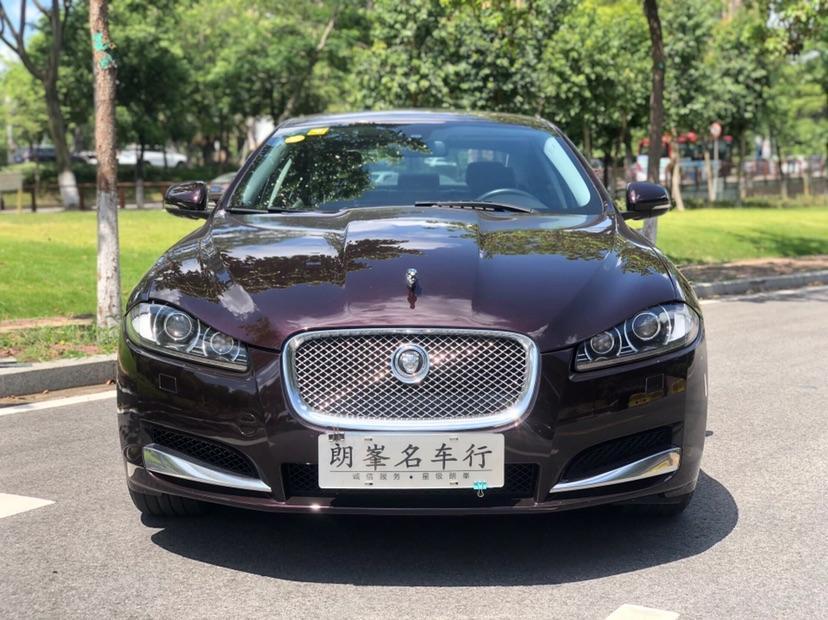 捷豹 XF  2013款 XF 2.0T 风华版图片