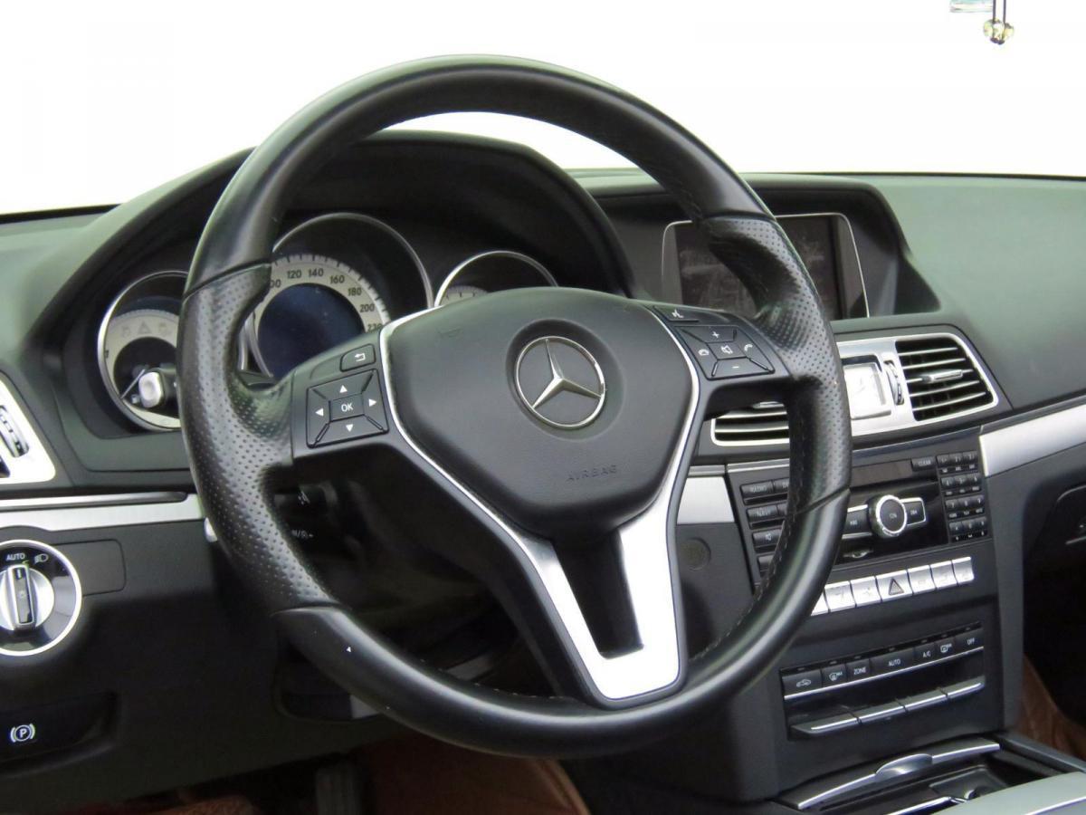 奔驰 奔驰E级  2014款 E 260 敞篷轿跑车图片