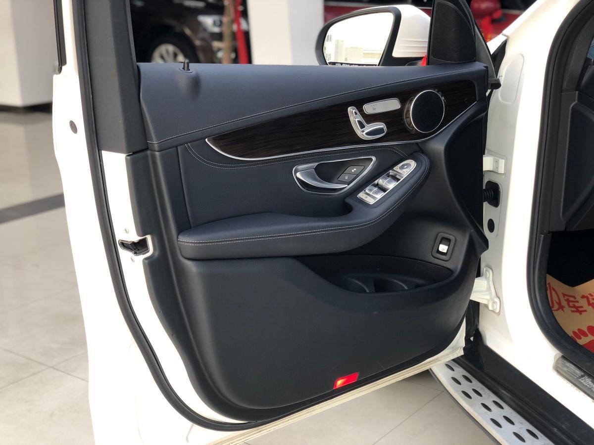 奔驰 奔驰GLC  2016款 GLC 260 4MATIC 动感型图片