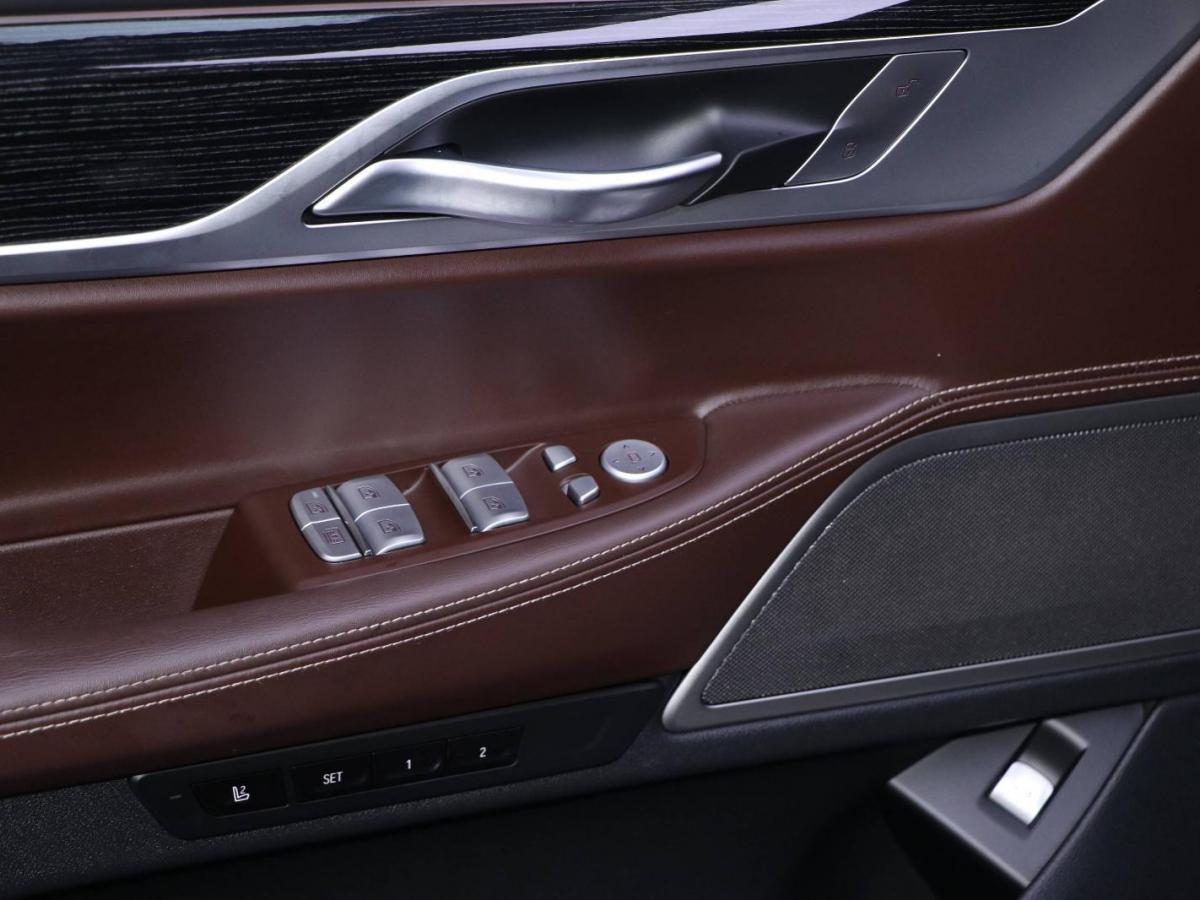 宝马 宝马7系  2019款 改款 740Li 领先型 M运动套装图片