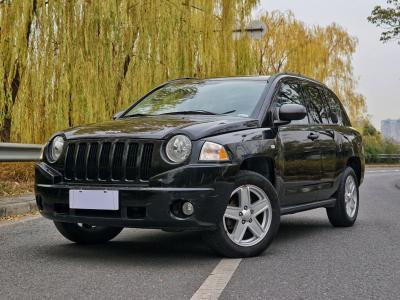 Jeep 指南者  2010款 2.4L 四驱限量版图片