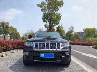 2012年12月 Jeep 大切诺基  3.6L 旗舰尊崇版图片