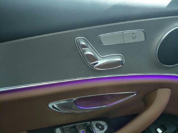 奔驰 E级  E200 2.0T 运动型图片