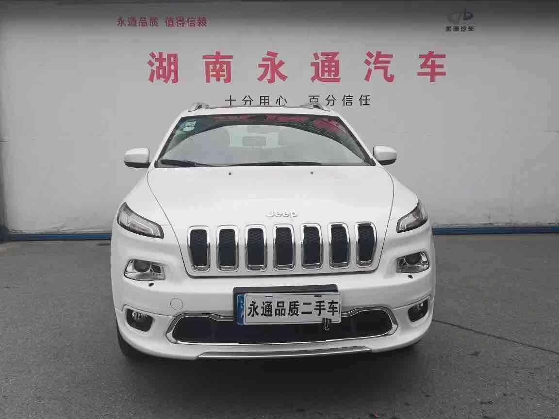 Jeep 自由光  2017款 2.4L 卓越版图片