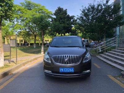 别克 GL8  2011款 2.4L LT豪华商务行政版